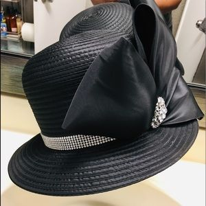 Stunning ladies hat